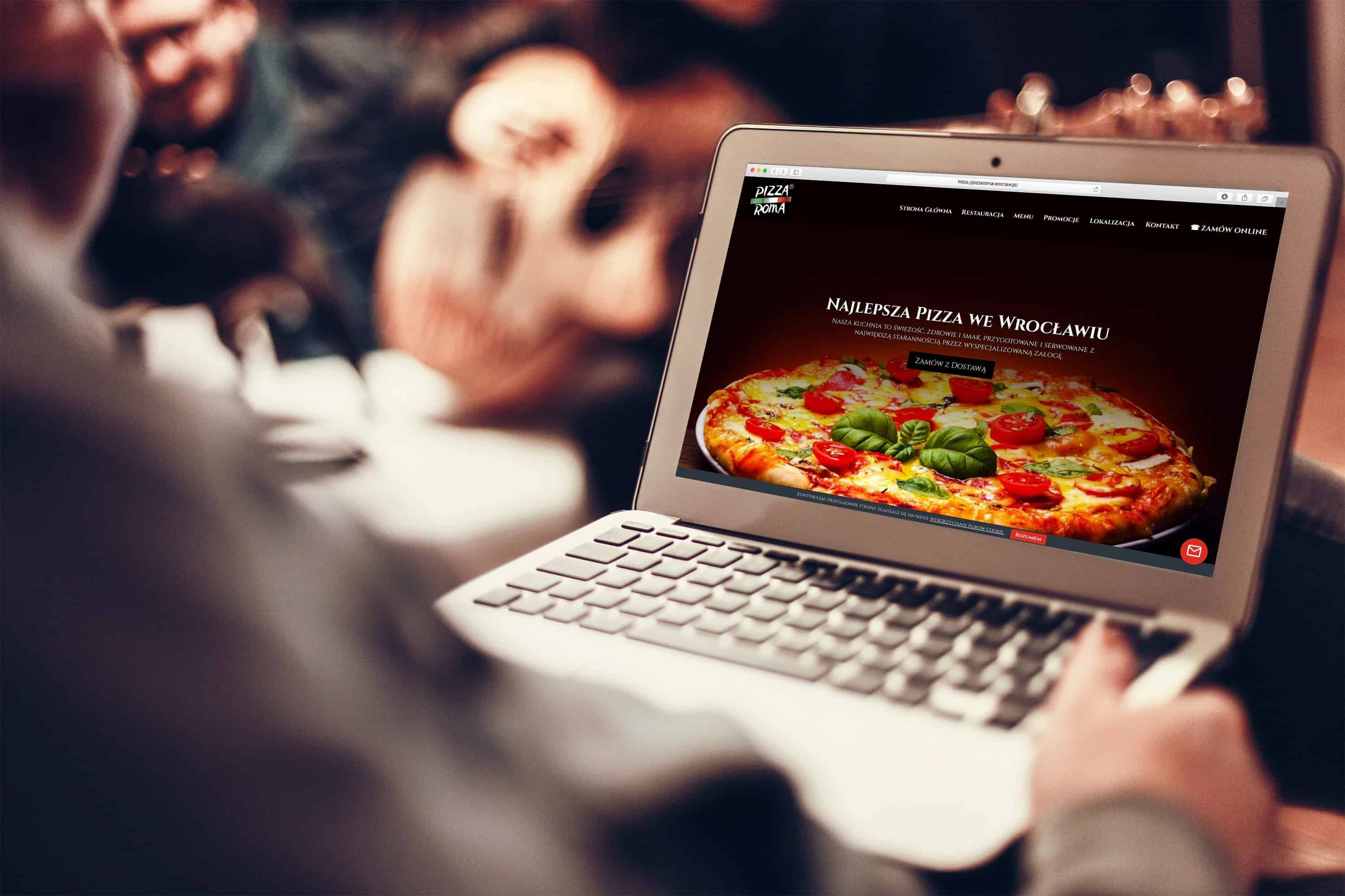 Strona internetowa dla pizzerii - laptop - Agencja Marketingowa OzonMedia
