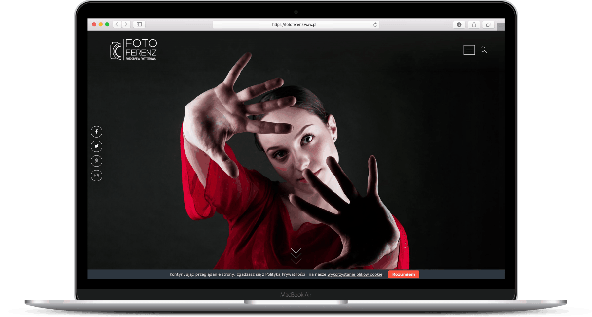 Projekt strony internetowe dla fotografa - laptop - Agencja Marketingowa OzonMedia z Wrocławia